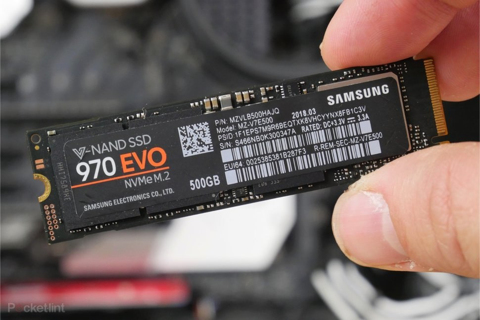 NVMe SSD SATA SSD